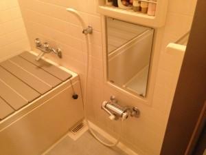 水栓取替工事 浴室施工前