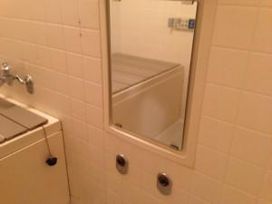 水栓取替工事 浴室撤去後