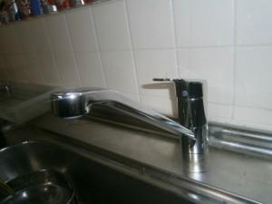 TOTO TKGG31E (2階キッチン水栓)